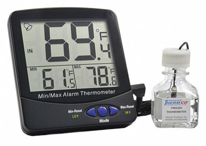 Picture of EA - R-895 - Large-Display Digital Remote Certified Thermometer, Certified at 4°C (R895)