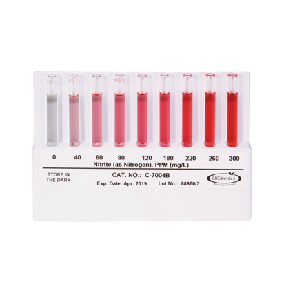 Picture of EA - CC-7004 - Chemetrics Comparator for Nitrite (CC7004)