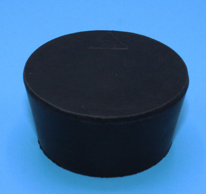 Picture of R-10.5 - Size 10.5 No-Holes Rubber Stopper (R10.5)